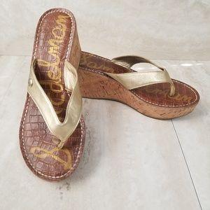 Sam Edelman Romy Gold Thong Wedge Sandals Size 8